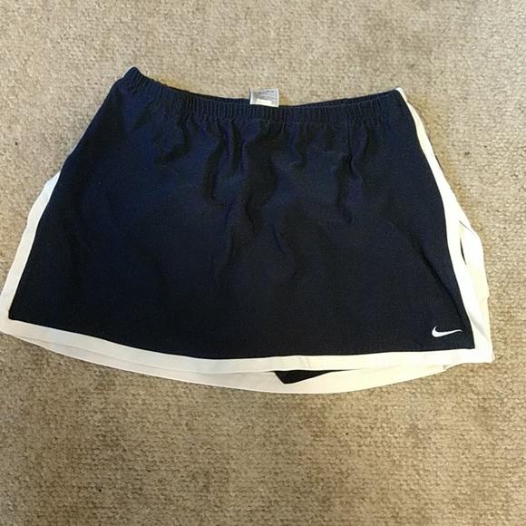 Nike navy blue tennis skort